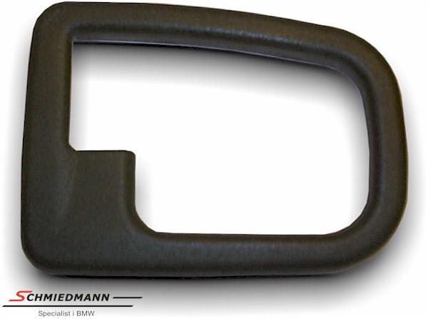 Deksel rundt innvendig dørhåndtak H.-side E36