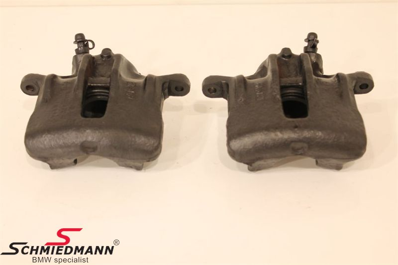B34111154377  Brake calipers