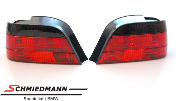 Baklykter facelift 98´krystall sort/rød
