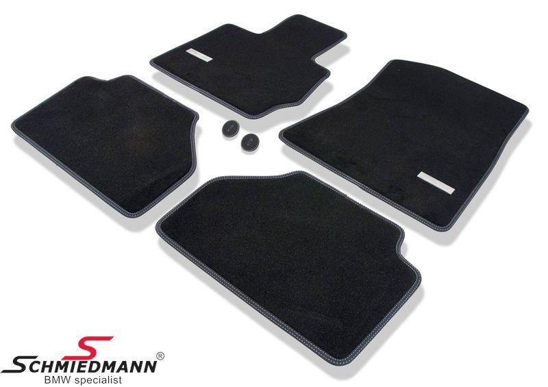 Schmiedmann -Exclusive- mustat erikoispaksut lattiamatot eteen/taakse