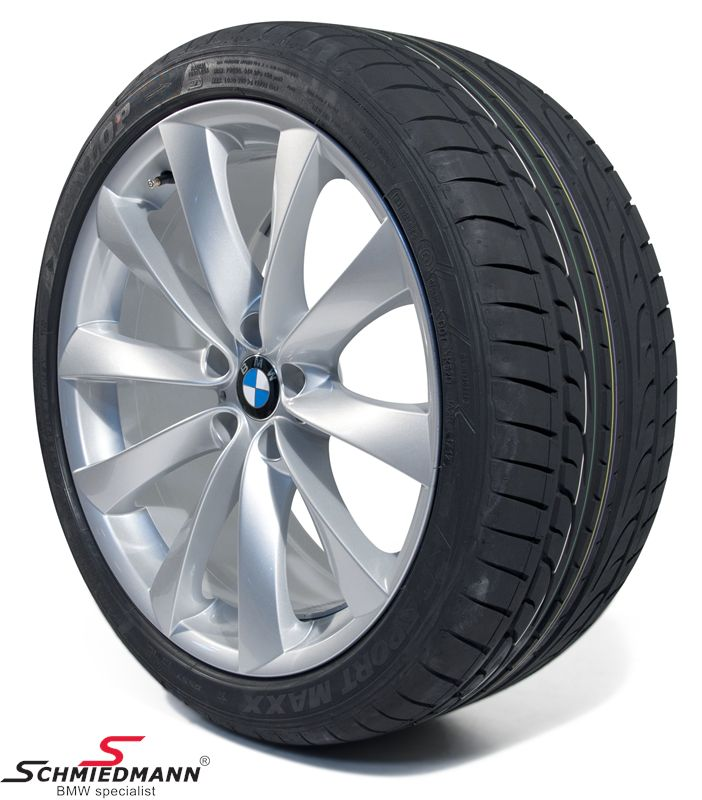 "21"" 10+11,5x21 V-Speiche 239 with 285/35+325/30/21 (original BMW)"