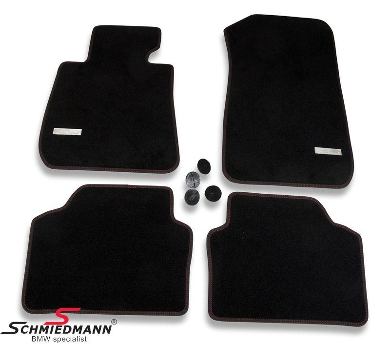 Schmiedmann -Exclusive- paksu kangasmattosarja, eteen/taakse, musta, punainen tikkaus