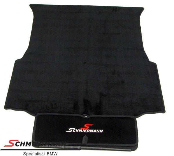 Bagagerumsmåtte sort stof med udtræk til beskyt.af tøj+lakering