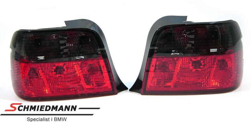Rückleuchten rot/schwarz im Crystal Facelift Design
