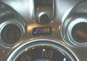 M-Technic diskový emblém