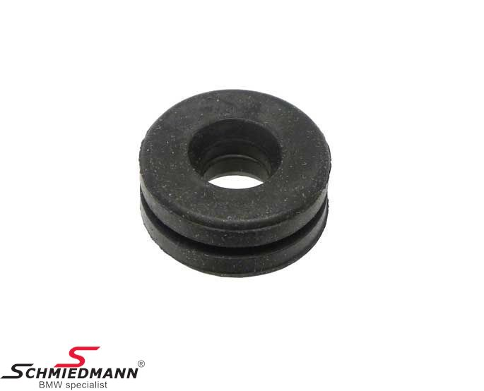Rubber grommet for engine cover on cylinder head cover