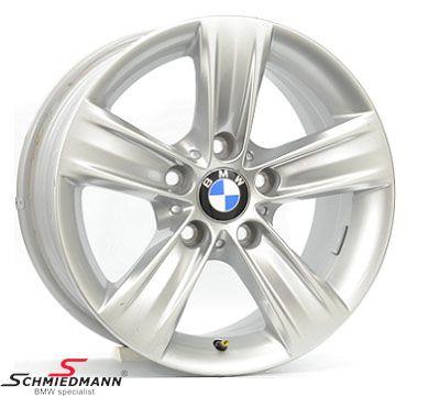 """16"""" Sternspeiche 391, 7,5X16 ET37 (original BMW)-DEMO-nye men har været monteret med dæk!"""