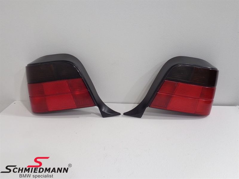 Taillights black