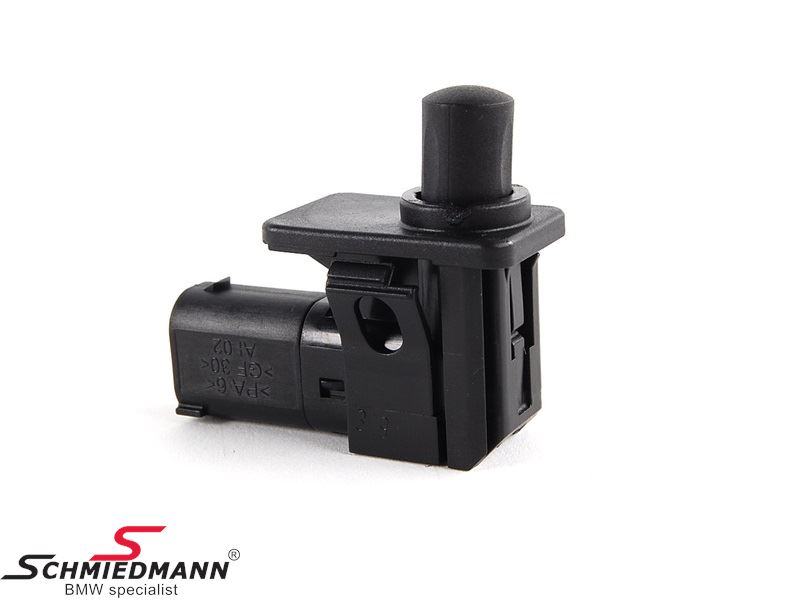 Alarm system switch hood/trunk