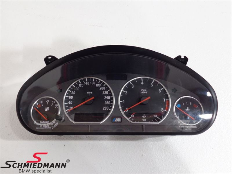 M3 instrument cluster with oil temperature indication