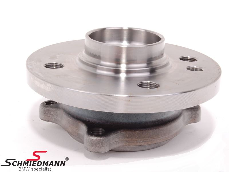 Wheel hub with bearing front, inclusive bolts M22x1.50