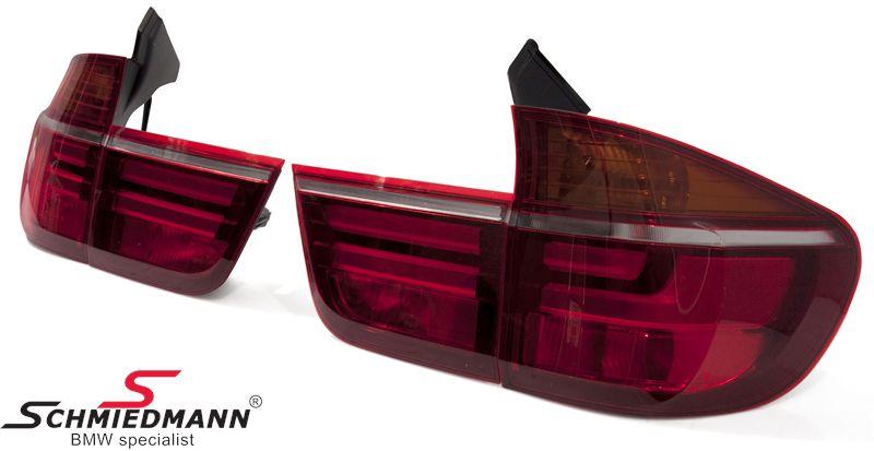 Baglygte-sæt røde facelift upgrade med LED striber - Original Magneti Marelli (OE leverandør)
