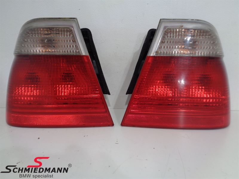 Taillights red/white