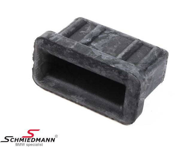 Rubber mount for instance for engine valve cover and intake