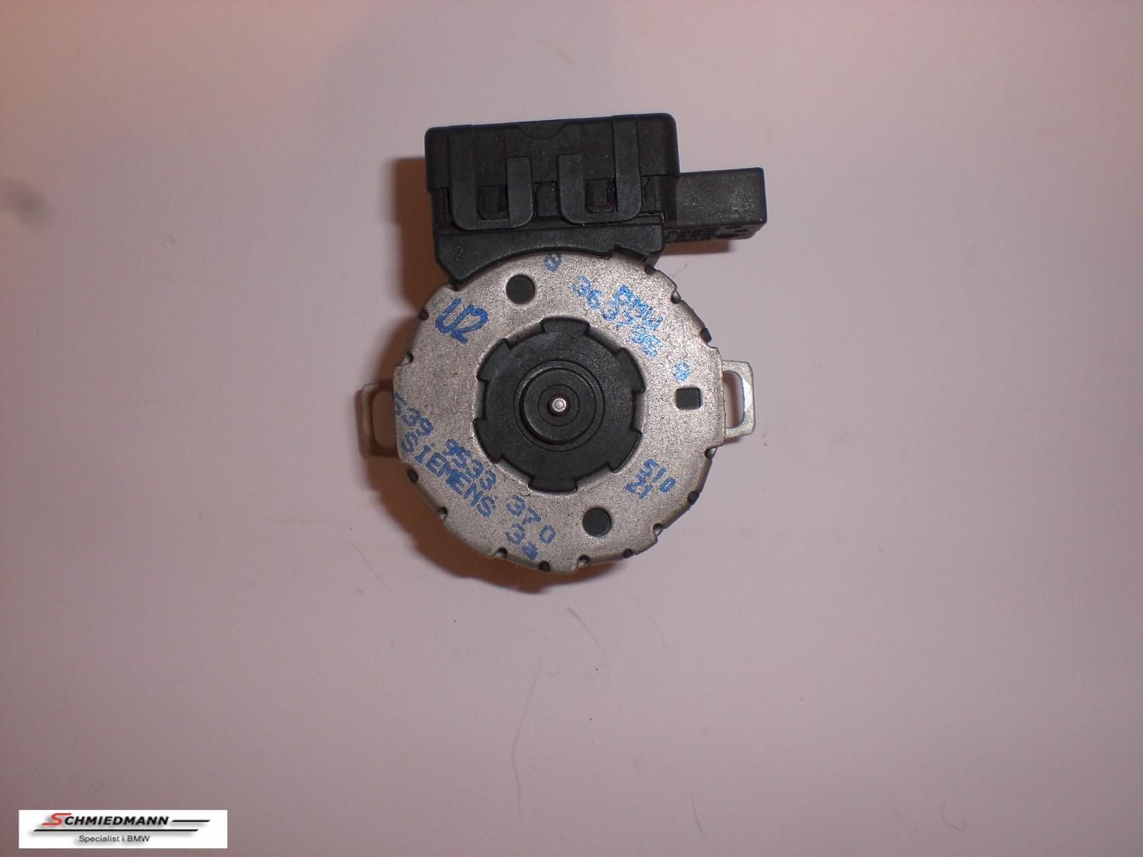 B64116934443  Actuator ram pressure flap