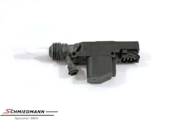 Sentrallås motor bak E34