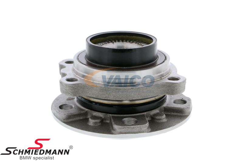 Wheel hub with bearing front (4 bolts 31-20-6-872-920 in each hub must also be replaced, and is not included)