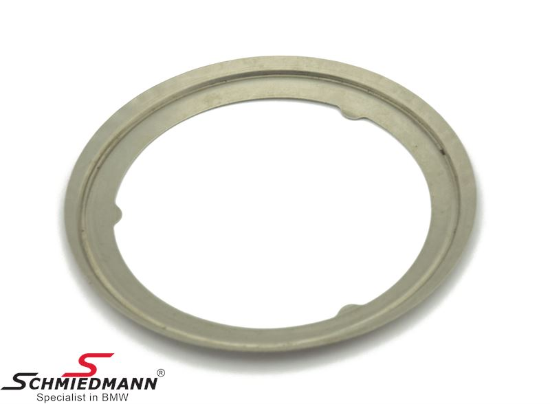 Gasket between turbo / particulate filter