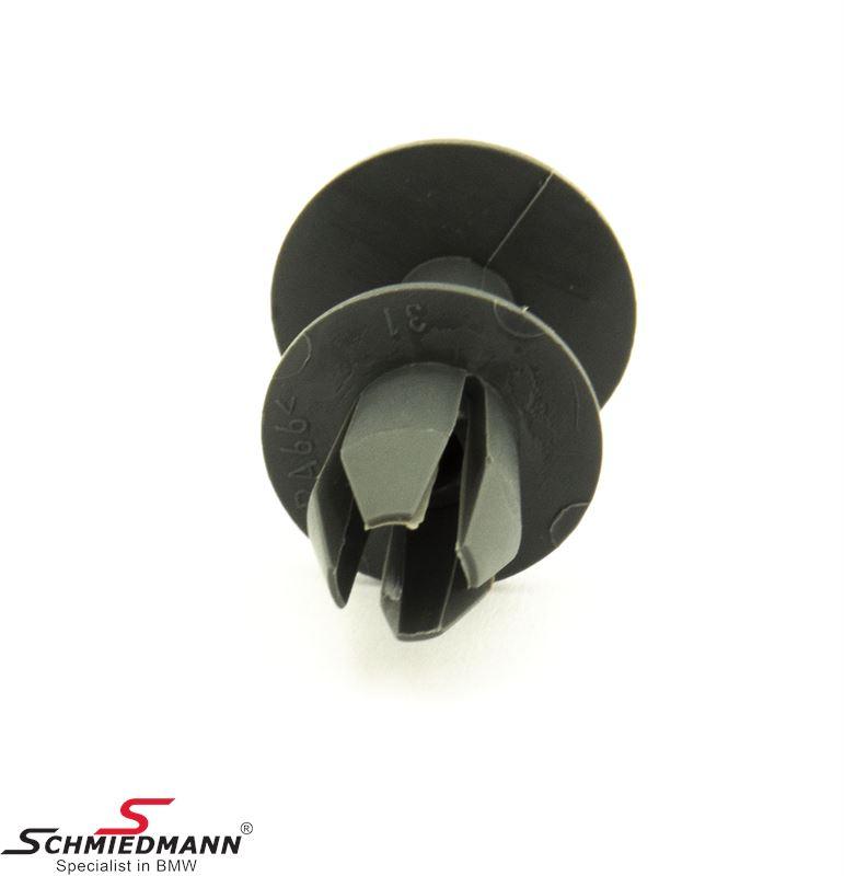 Expanding rivet for tailgate upholstery