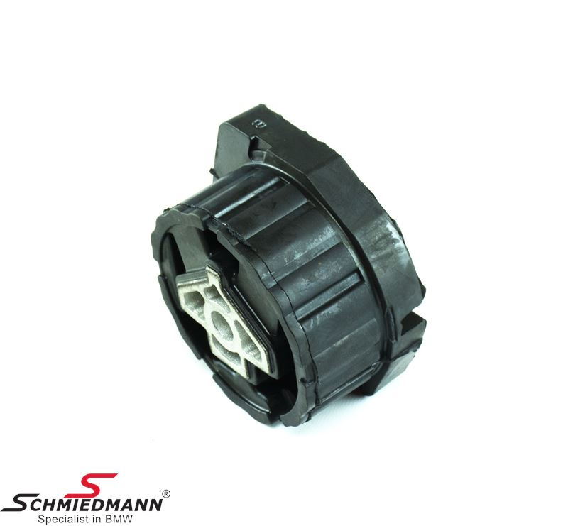 Transfer case rubber mounting