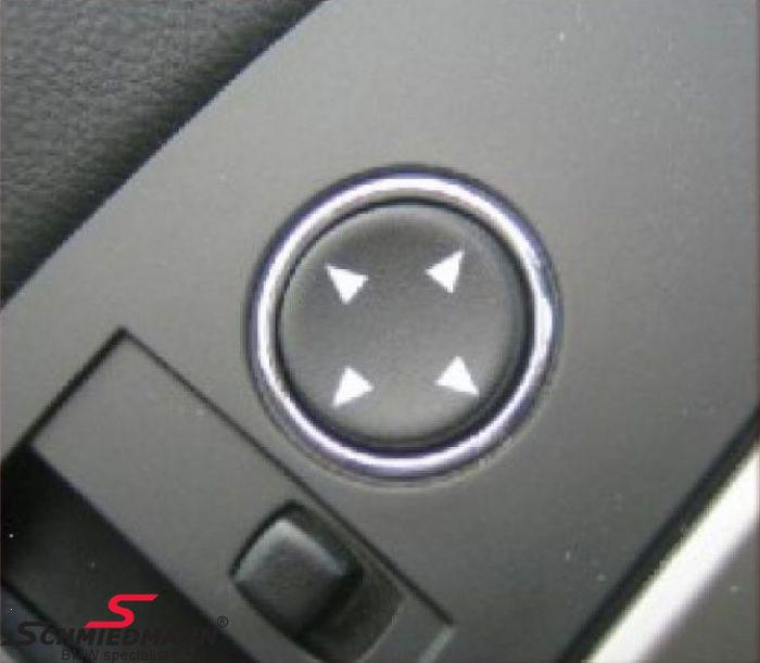 Krom ramme omkring sidespejls-kontakten