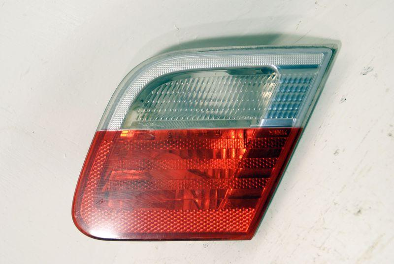 B63218364728  Taillight standard trunk lid part R.-side