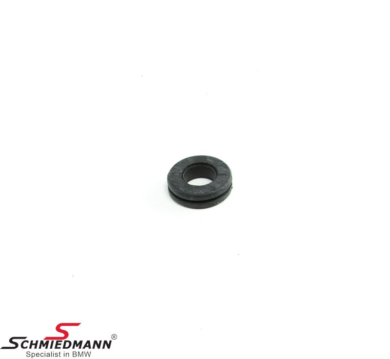 Rubber grommet for fuel tank