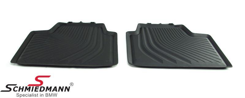 Kumimattosarja -BMW original-, taakse, mustat