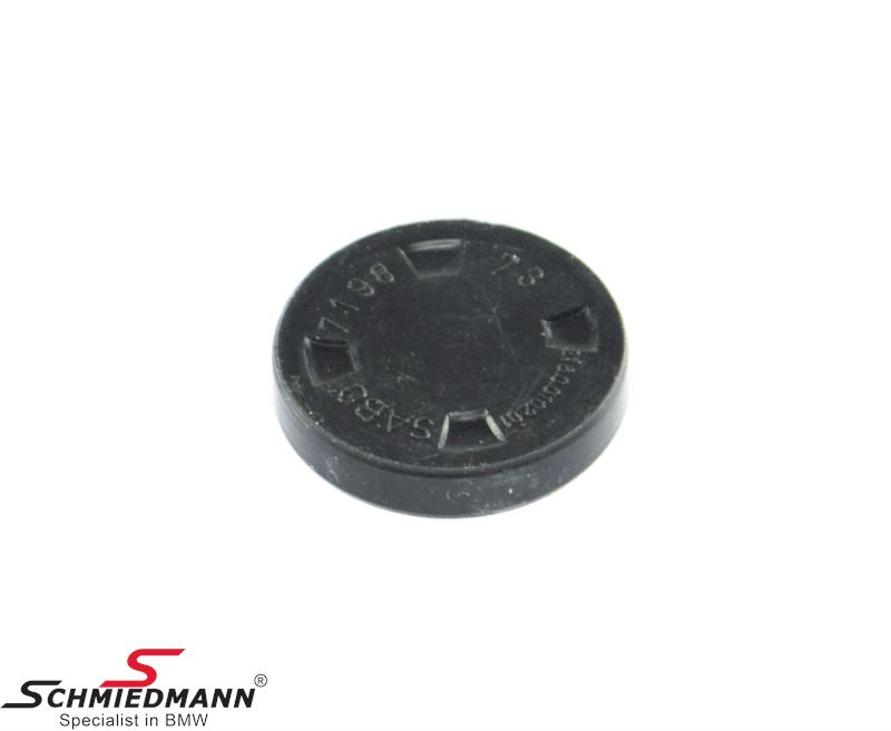 Sealing cover for GS6-17DG transmission detent/lockout-pins