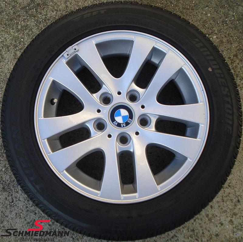 """16"""" Doppelspeiche 156 originale BMW alufælge m.205/55HR16 Bridgestone run flat vinterdæk"""