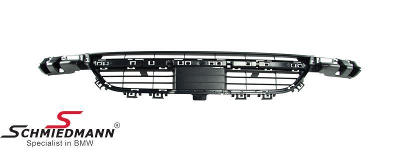 Gitter forkofanger midterste nederst (Til modeller med standard kofanger og aktiv fartpilot)