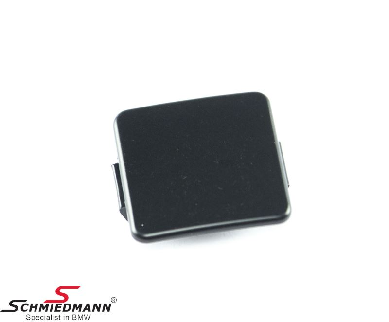 Towing hitch cover for front bumper