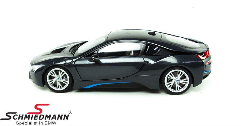 BMW i8 (I12) grey, scale 1:18
