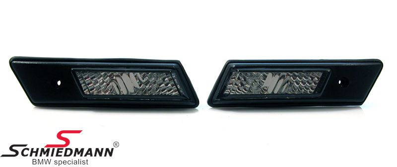 Sideindicators clear glass black