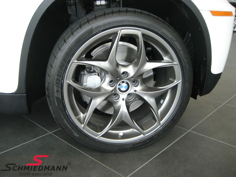 "21"" 10+11,5x21 Doppelspeiche Ferricgrey with 285/35+325/30/21 (original BMW)"