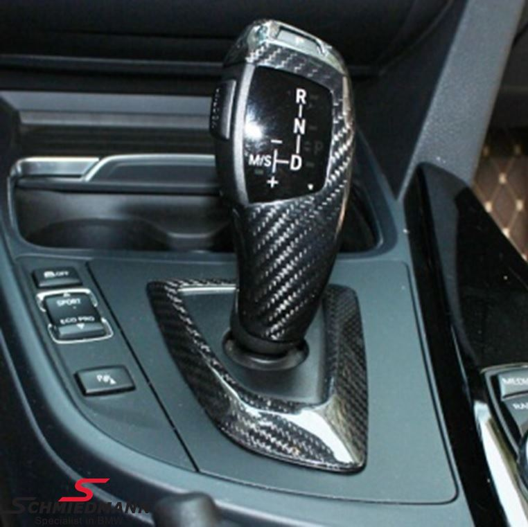 Carbon cover for the gearshifter (Auto)