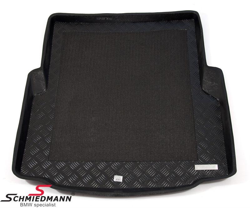 Schmiedmann -Exklusiv- Kofferraum Schalen-Gummimatte mit Rand und eingeklebte Anti-Rutsch-Matte