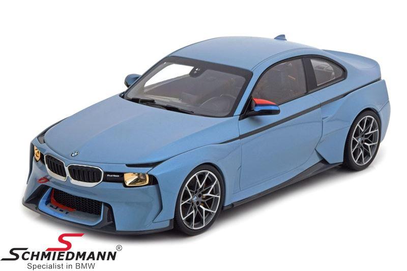 BMW miniature 2002 Hommage 1:18