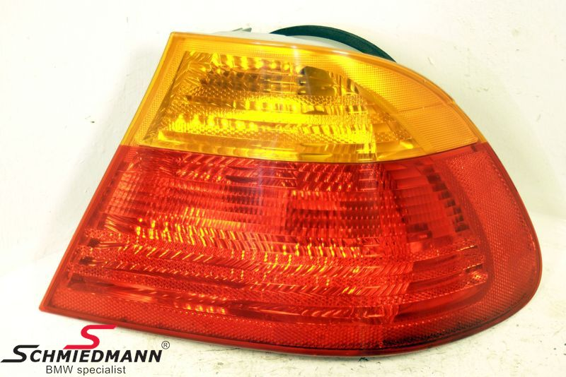 B63218364726  Taillight standard yellow indicator outer part R.-side