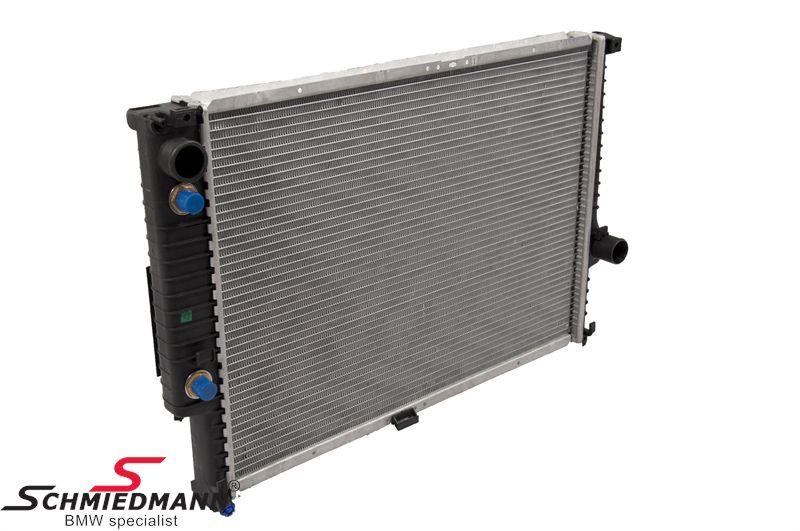 Radiator A=610MM M30 med oljekjøler til girkasse