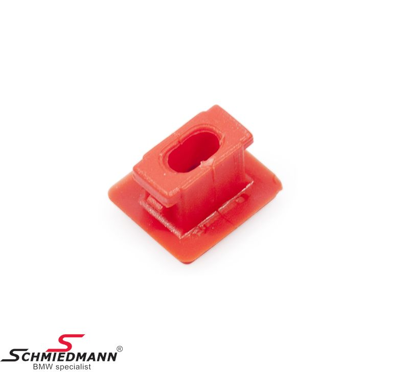 Clamps for interior mouldings -red-