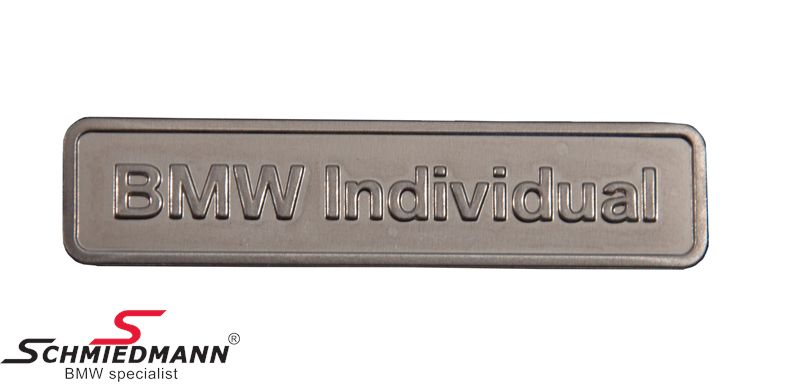 "Emblem ""BMW Individual"" 40MM x 10MM (metal) universelt"