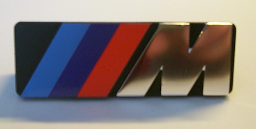 Emblem M-technik für Frontgitter