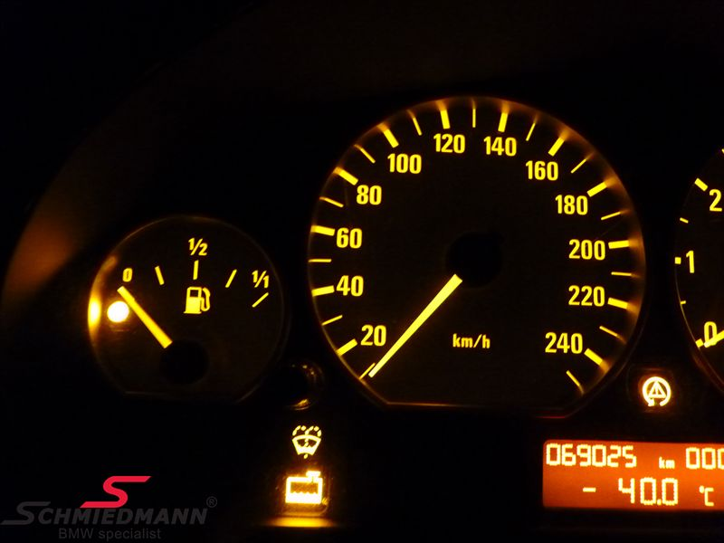 Color change in the instrument cluster, -yellow illumination-, set SMD bulbs