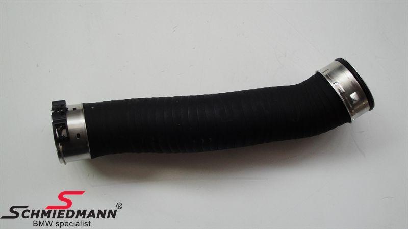 Turbócső - turbó és az intercooler között lévő cső