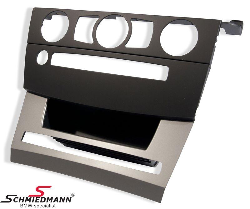 Omslag -MASK- svart till frontpanelen på instrumentbrädan