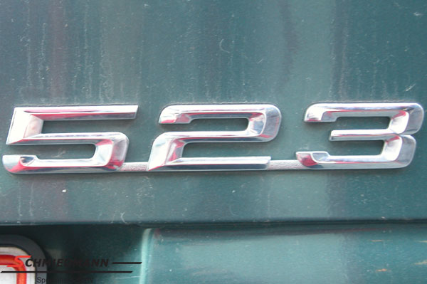 """Peräluukun merkki """"523"""""""