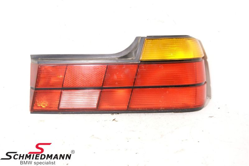 B63211374026  Taillight Right