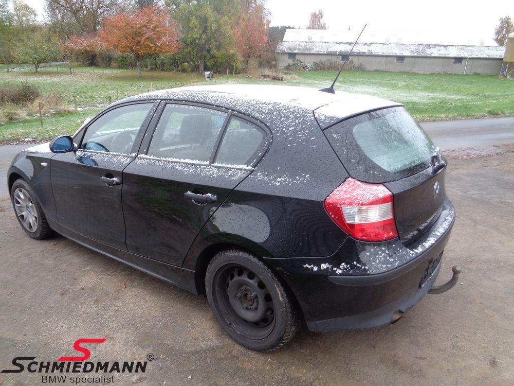 Bil til ophug - BMW E87 5 dørs - side 1