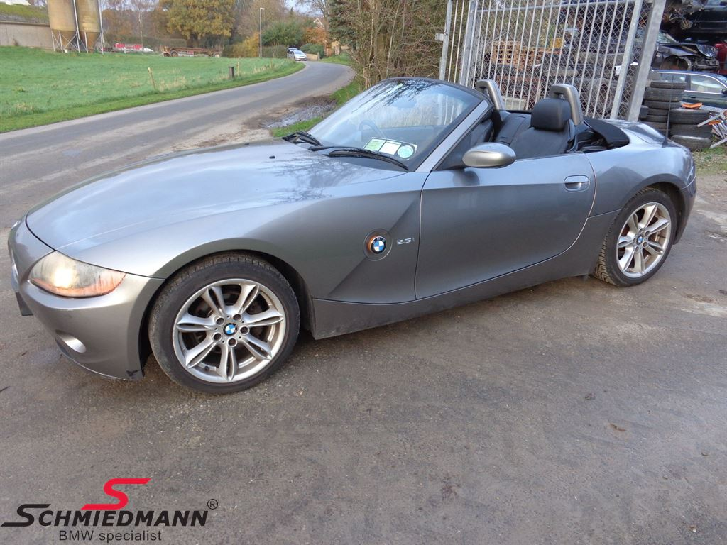 Recycled car - BMW Z4 (E85) Cabriolet - page 1